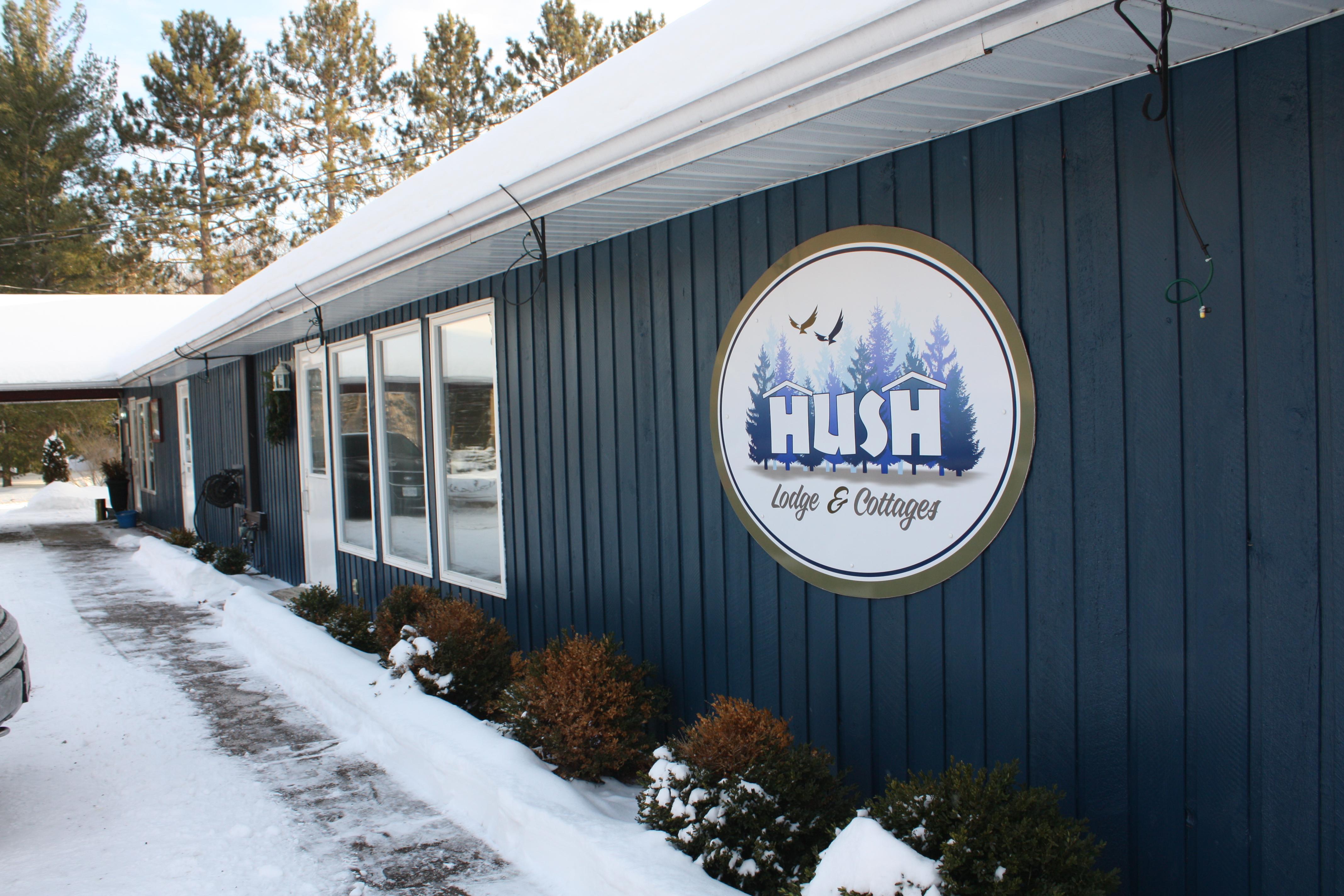 Hush Lodge & Cottages